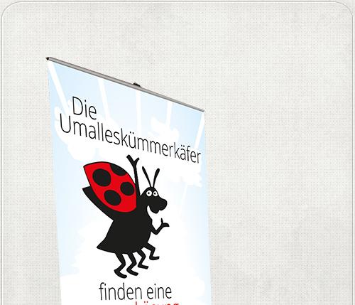 RollUp-Banner mit Käfer und großem Slogan
