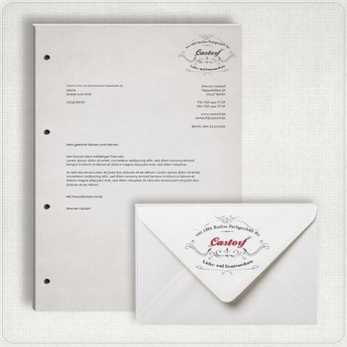 Schreibblock und Briefumschlag