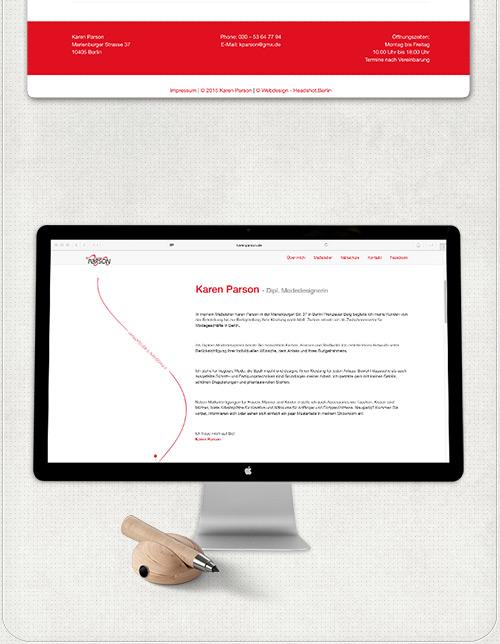 Zweispaltiges Layout der Website auf großem Bildschirm mit roten Überschriften und Designelementen
