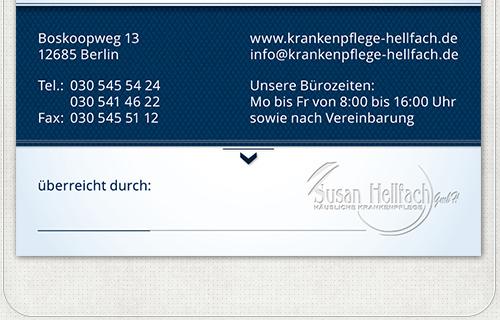 Rückseite der Visitenkarte mit Kontaktdaten und einem Unterschriftenfeld für den Überreicher